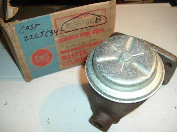 1961 62 63 Dodge Plymouth Dart & Valiant rebuilt brake master cylinder #36707 original casting