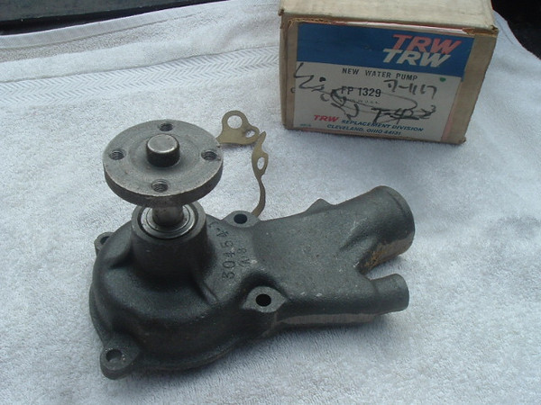 1963- 68 Chevrolet GMC G10 & Sportvan new water pump aw1329