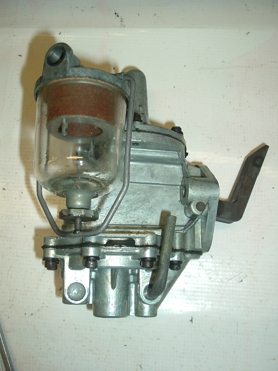 1951 Ford double action fuel pump AC #9599 (a 9599 NEW AC)
