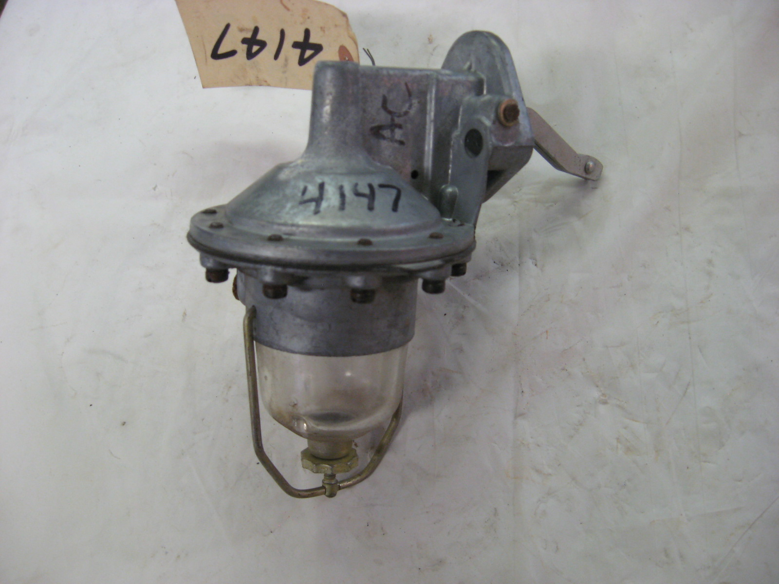 1954 1955 Ford truck 279 cu in 8cyl fuel pump 4147 (A 4147nw)