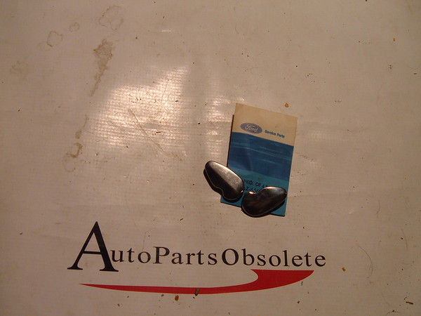 1950.1951 ford door handle lock /key cover nos ford 0A 7021943 (z 0a7021943)