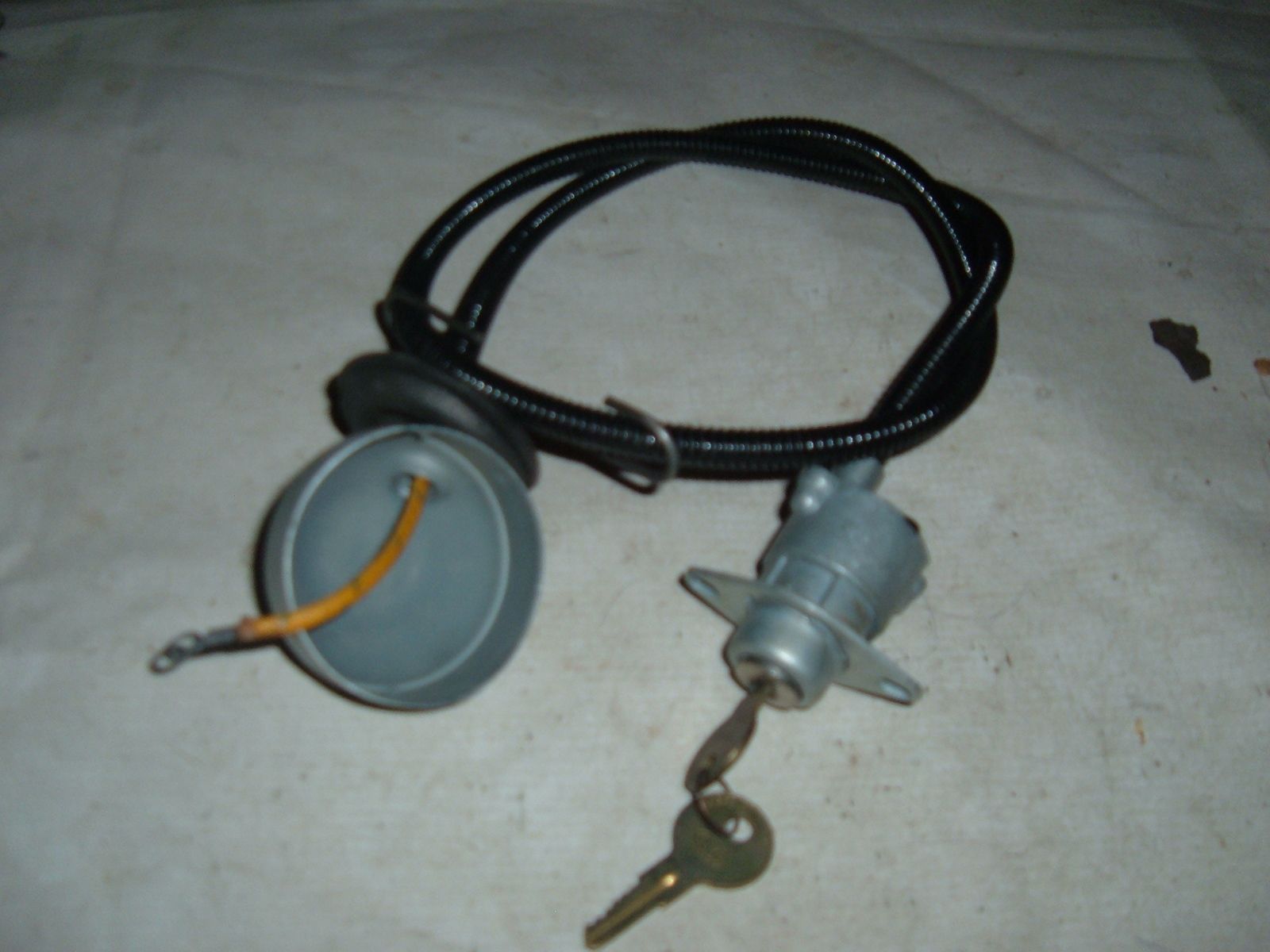 View Product1937 38 39 40 chevrolet ignition switch new w/ cable (z 37-40chevigsw)
