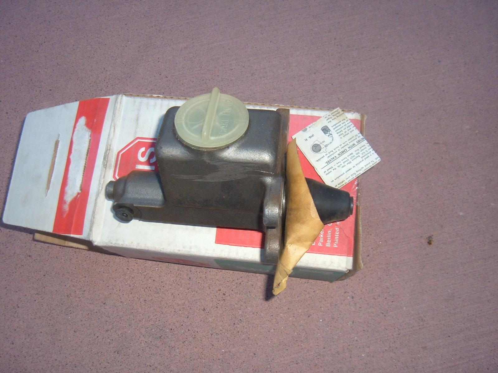 1959 60 61 cadillac chevrolet pontiac oldsmobile master brake cylinder new (zh e32000)