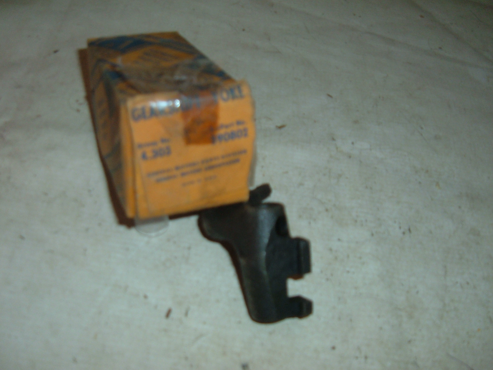 View Product1936 chevrolet transmission shifter yoke 3 speed nos gm 590802 (z 590802)