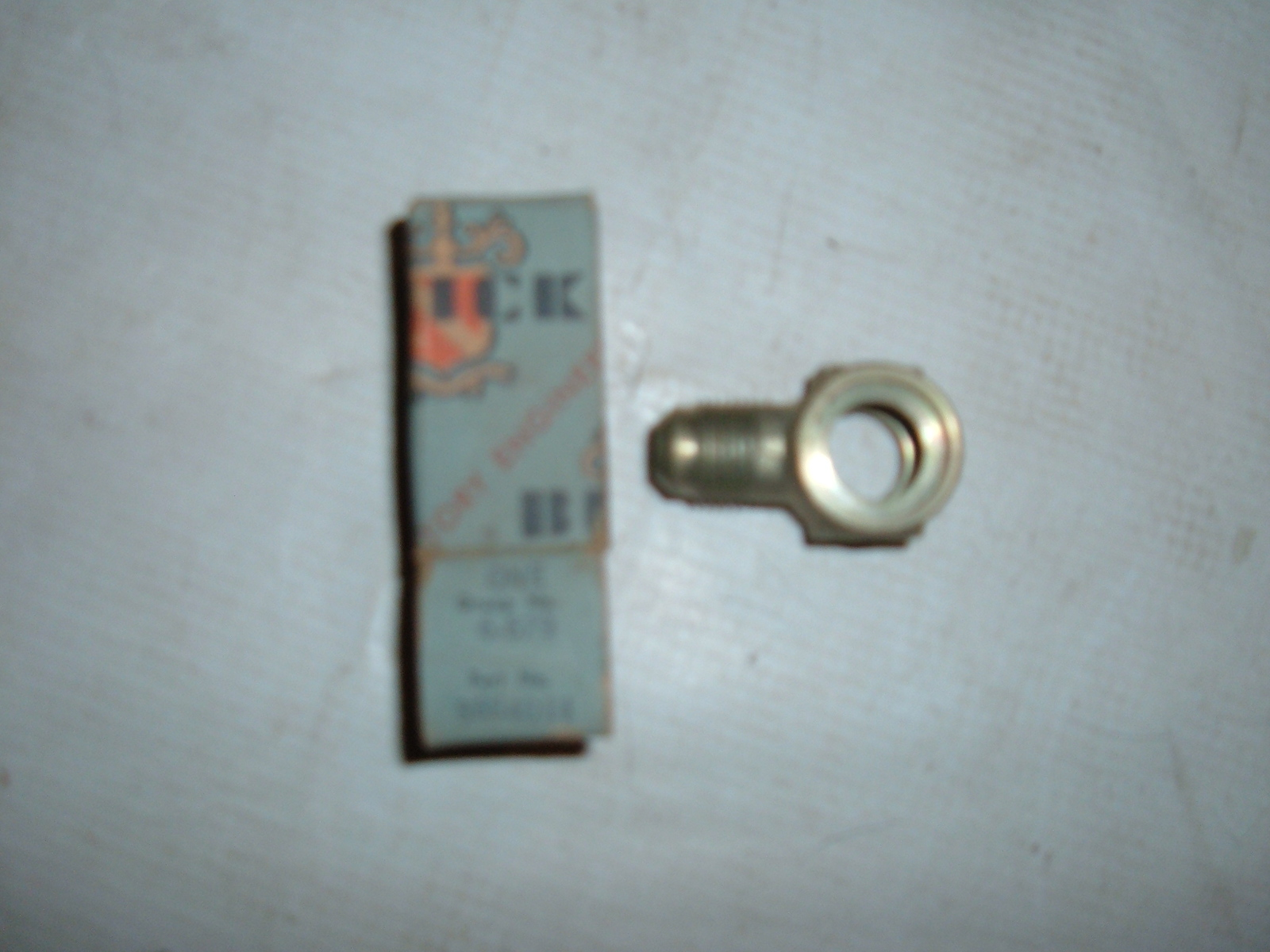 1952 buick power steering elbow fitting nos gm 5664014 (z 5664014)