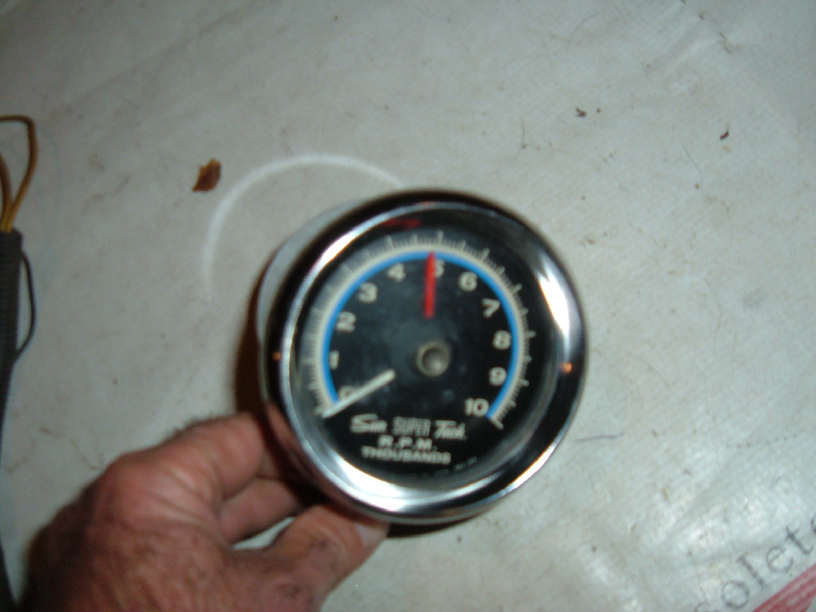 View Product1960's 70's sun super tachometer good used with cup 10 grand (z sunsupertach)