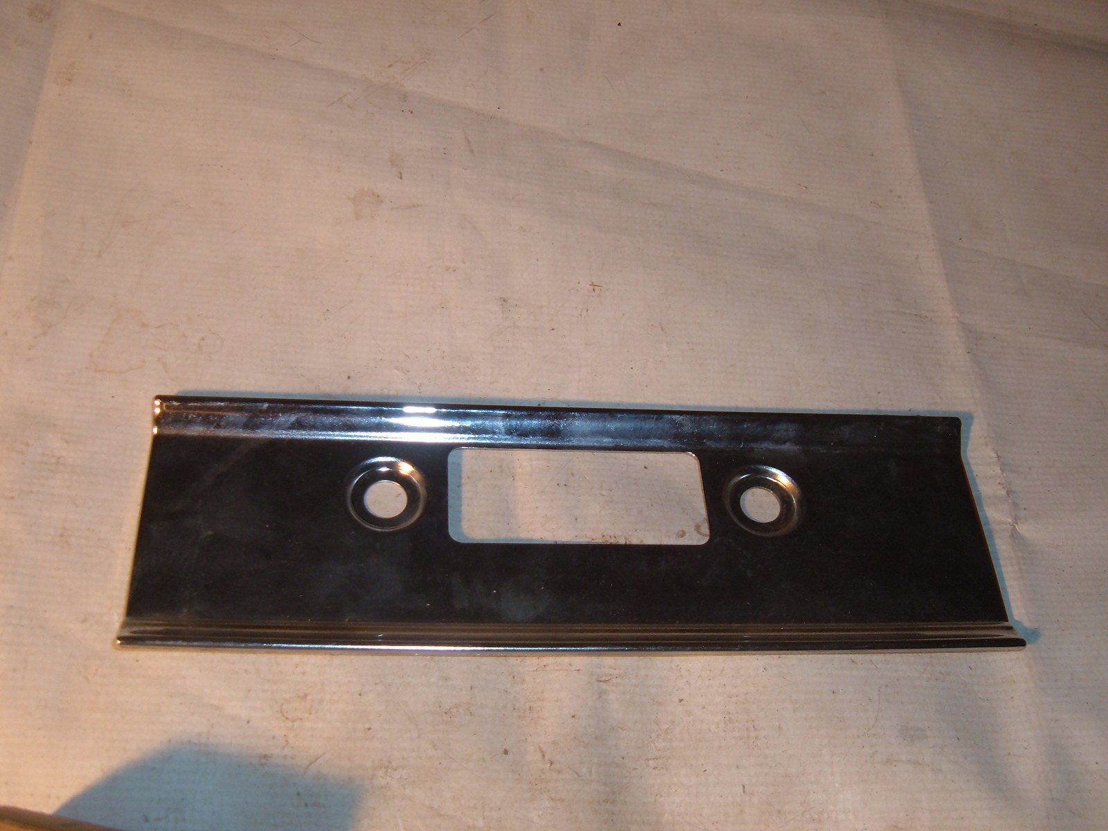 1973 74 75 76 77 international scout radio face plate new nos (z intradiobezel)