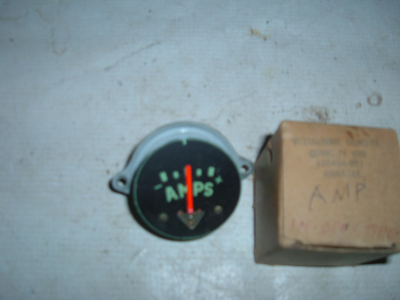 1950 51 52 53 54 55 56 57 international truck ammeter gauge nos 186464-r91 (z 186464-r91)