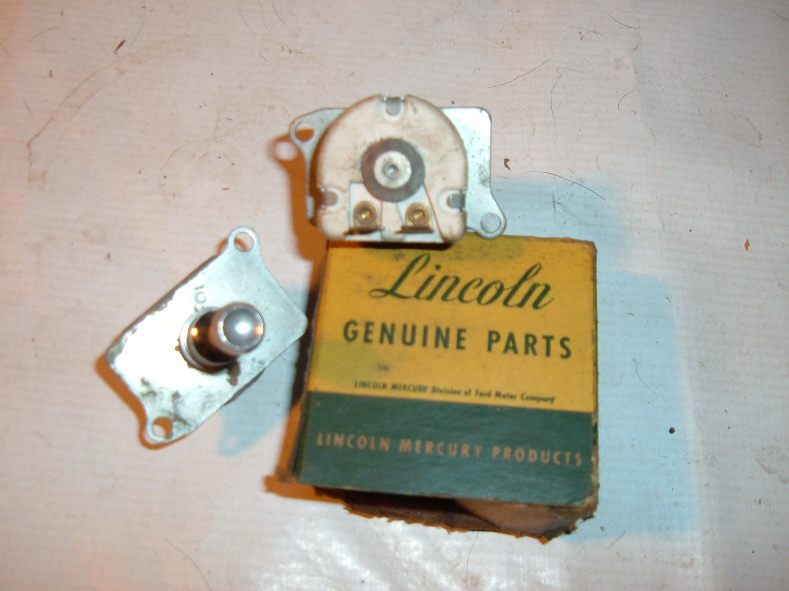 1956 57 lincoln light switch nos ford instrument panel lights (z 56-7lincolnlightswitch)