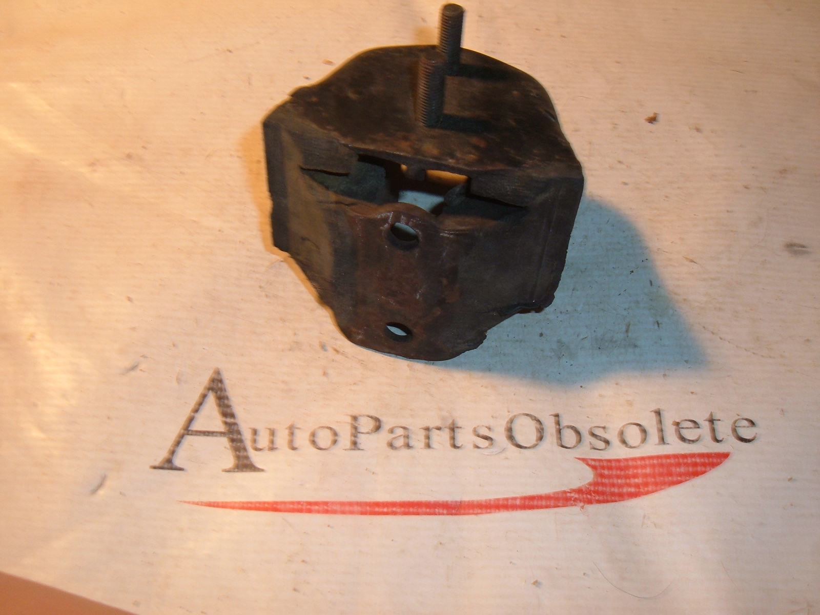 1960 61 ford falcon comet engine mount C0DD-6038-F (z c0dd6038f)