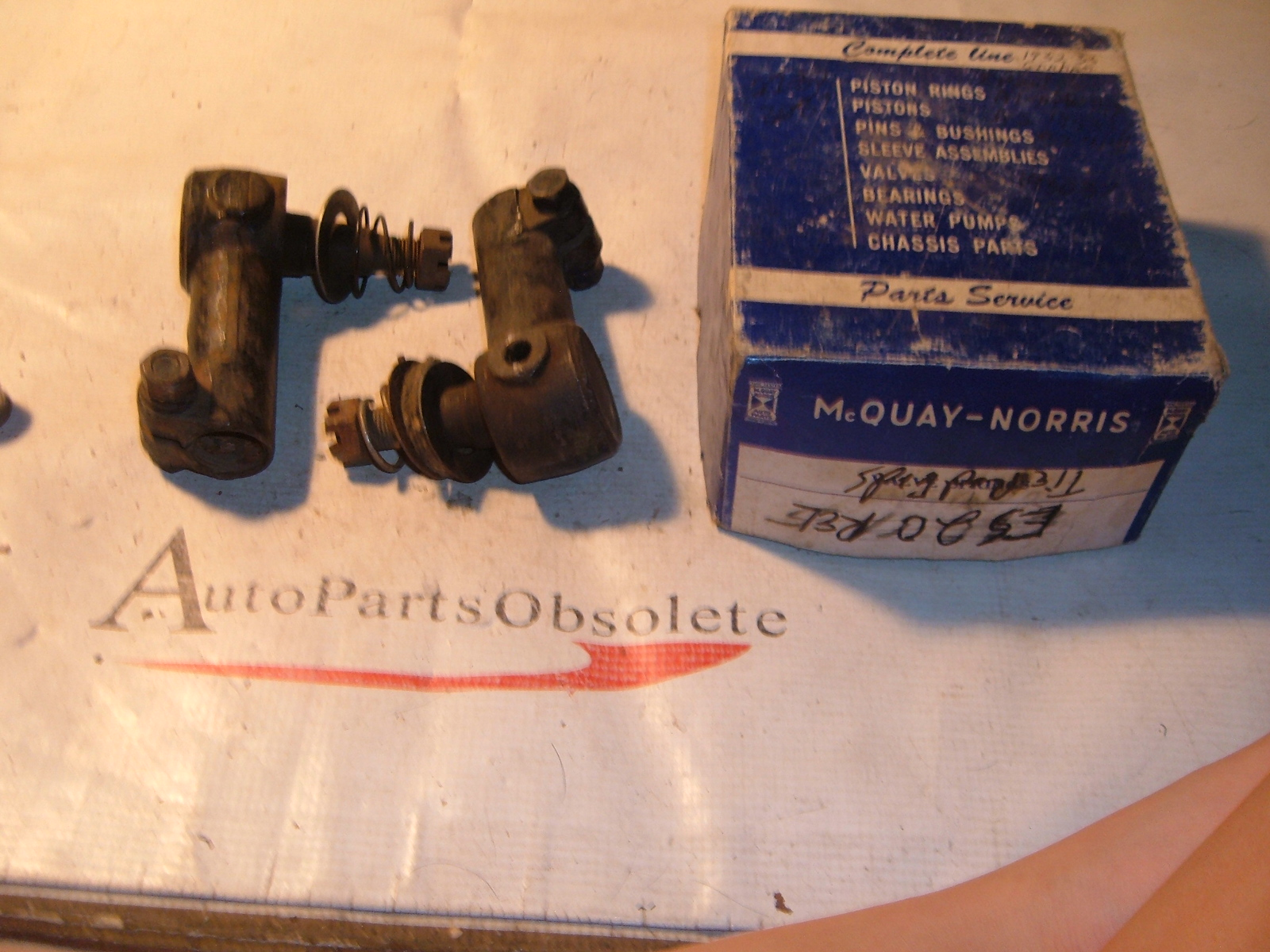 1927 28 29 30 31 33 35 37 international graham tie rod ends ES-20 (z es20)
