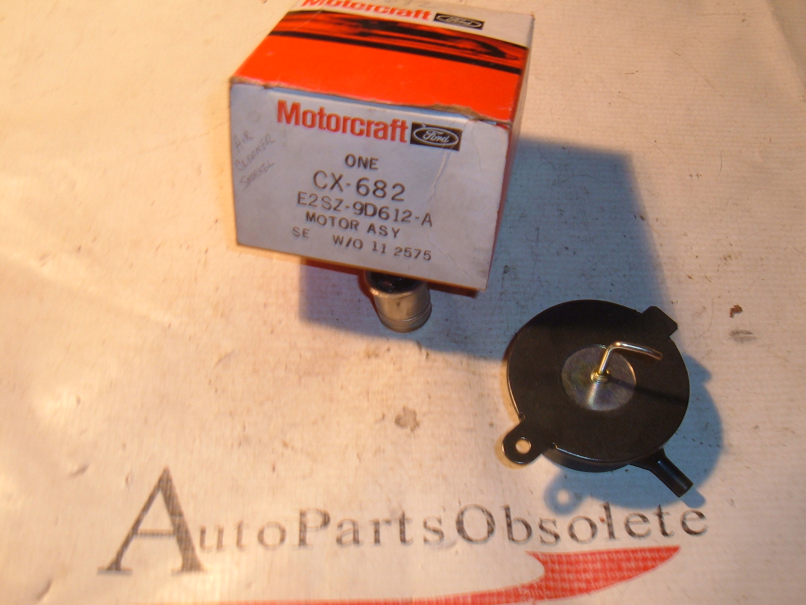 1982 83 84 85 ford mercury air cleaner choke motor nos E2SZ-9D612-A (z