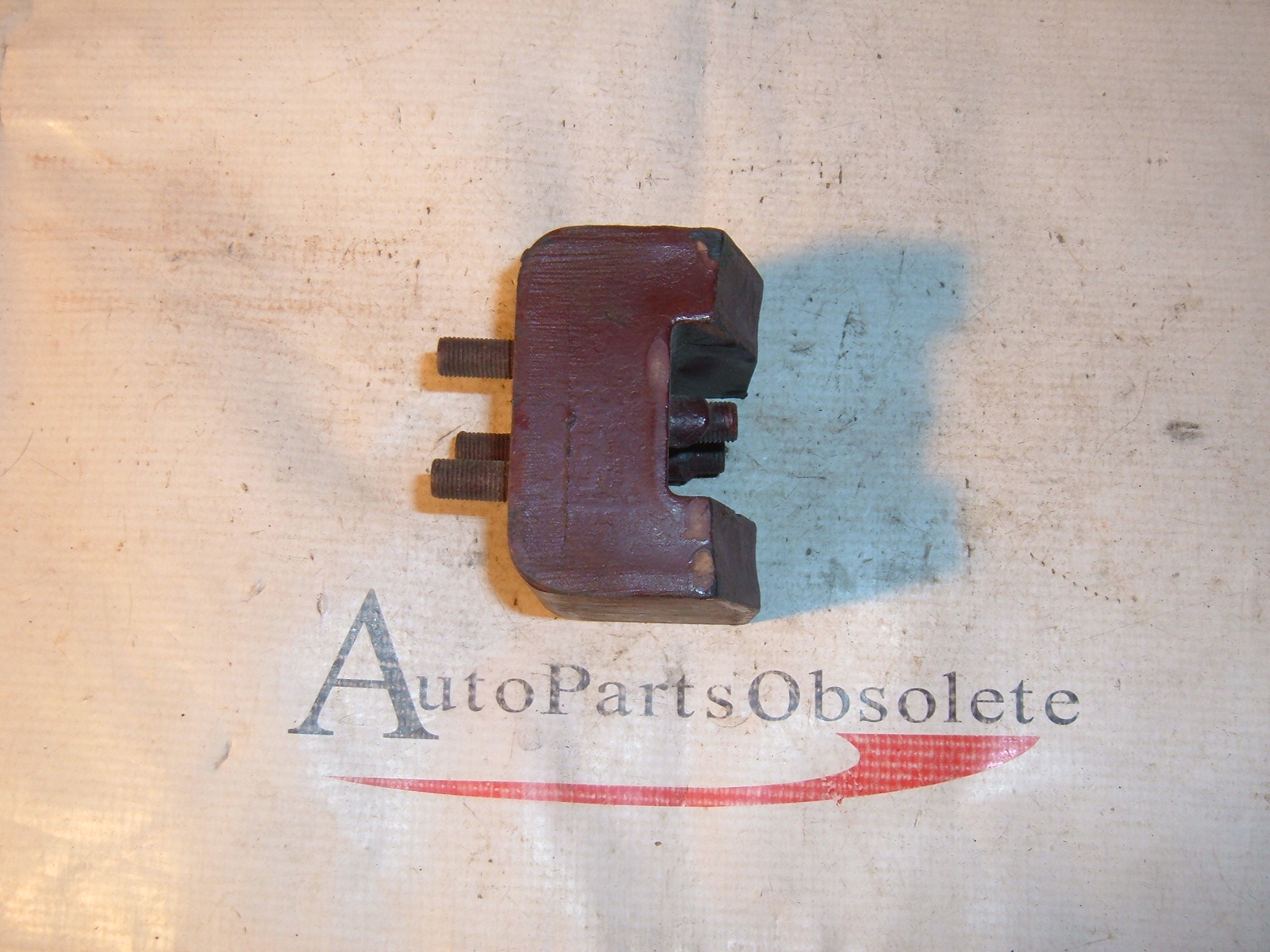 View Product1935 36 37 dodge plymouth chrysler motor mount # 675252 (z 675252)