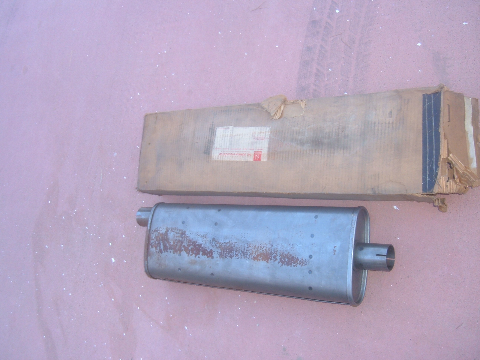 1954 55 56 57 58 59 willys jeep muffler # 735622 (z 735622)