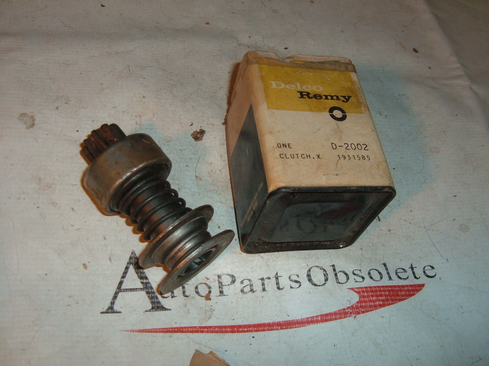 View Product1954 55 56 57 58 chevrolet buick cadillac starter drive unit nos gm # 1931585 (z 1931585)