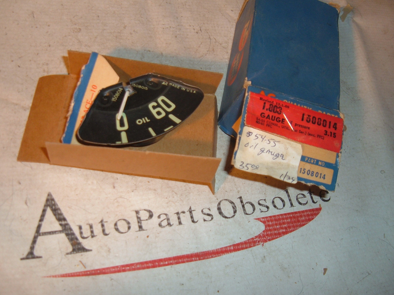 View Product1954 1955 chevrolet truck oil pressure gauge dash unit nos gm # 1508014 (z 1508014)