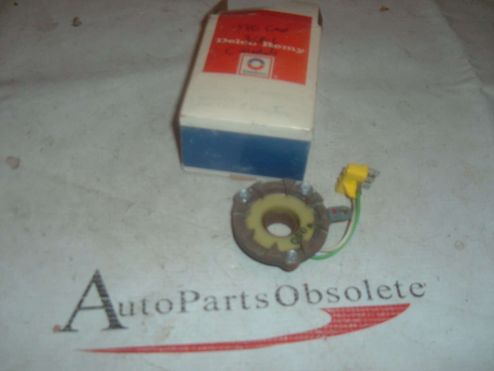 1980 cadillac distributor pole & plate nos gm 1977545 (z 1977545)