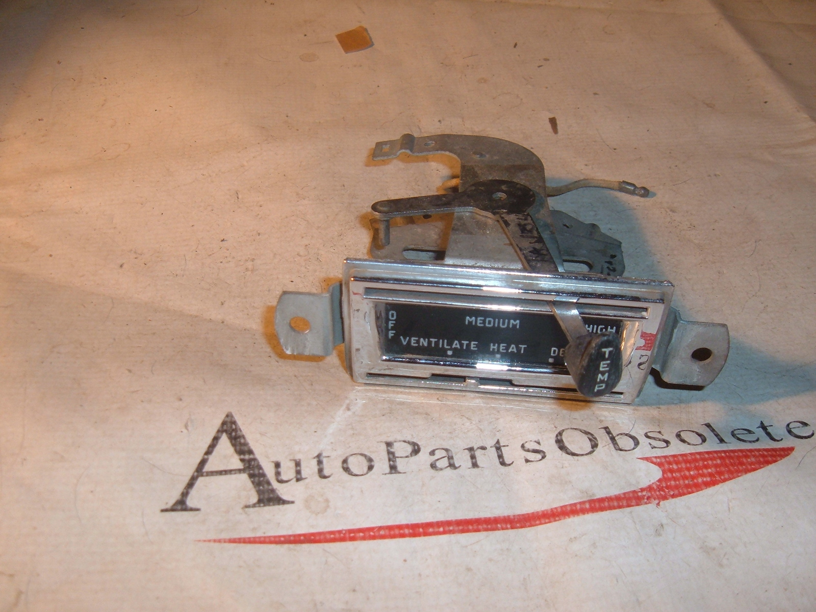 1949 50 51 ford heater control panel nos ford # 1A-12549 (z 1a12549)