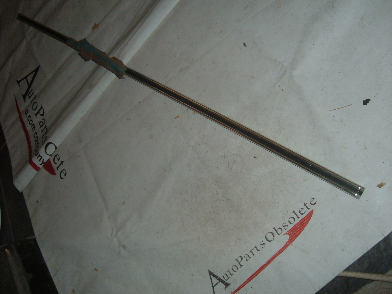 View Product1966 chevrolet impala door molding nos gm # 4227052 (z 4227052)