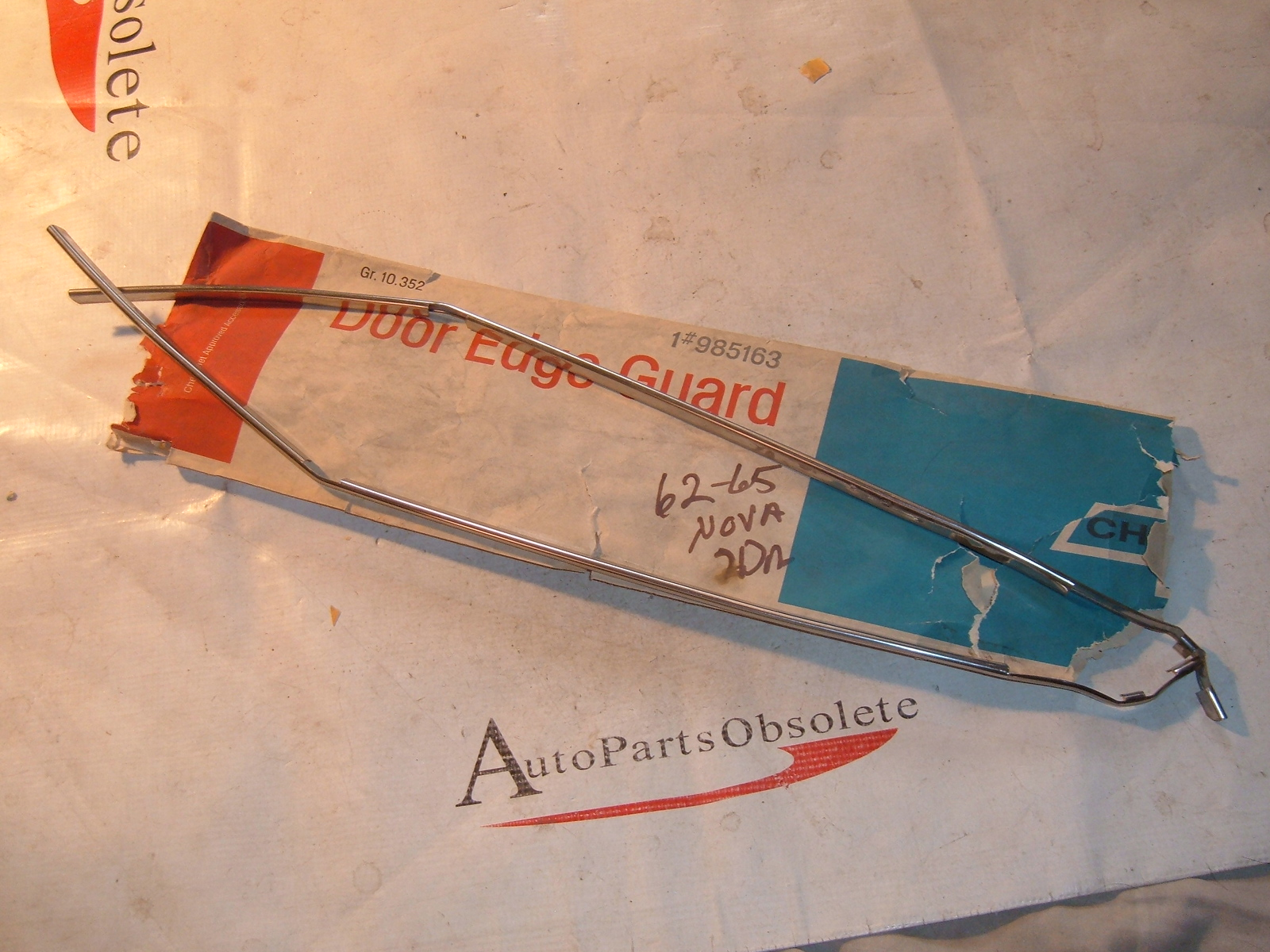 1962 63 64 65 chevrolet nova door edge guards nos gm # 985163 (z 985163)