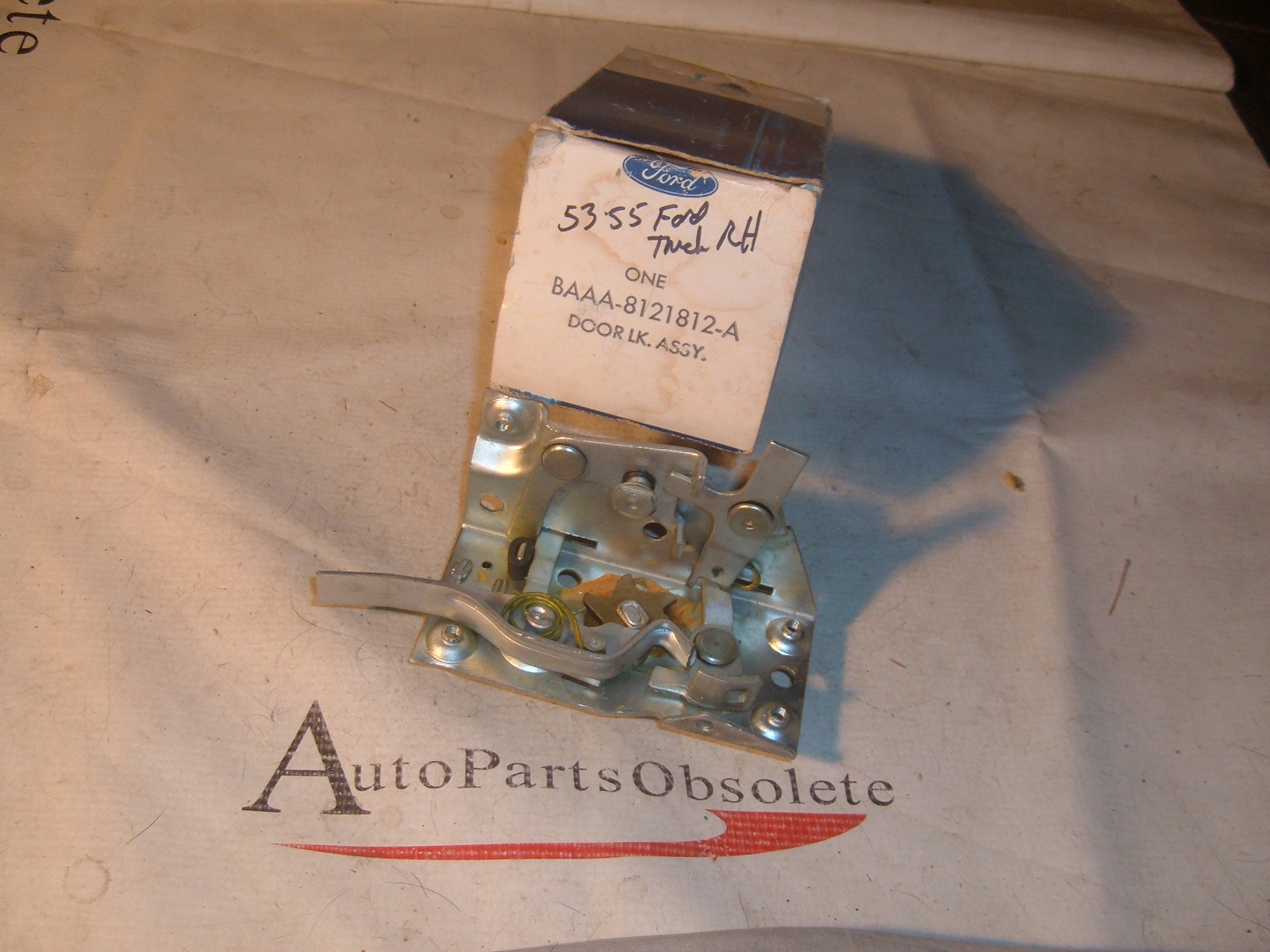 1953 54 55 ford truck door lock latch nos ford BAAA-8021812-A (z baaa8021812a)