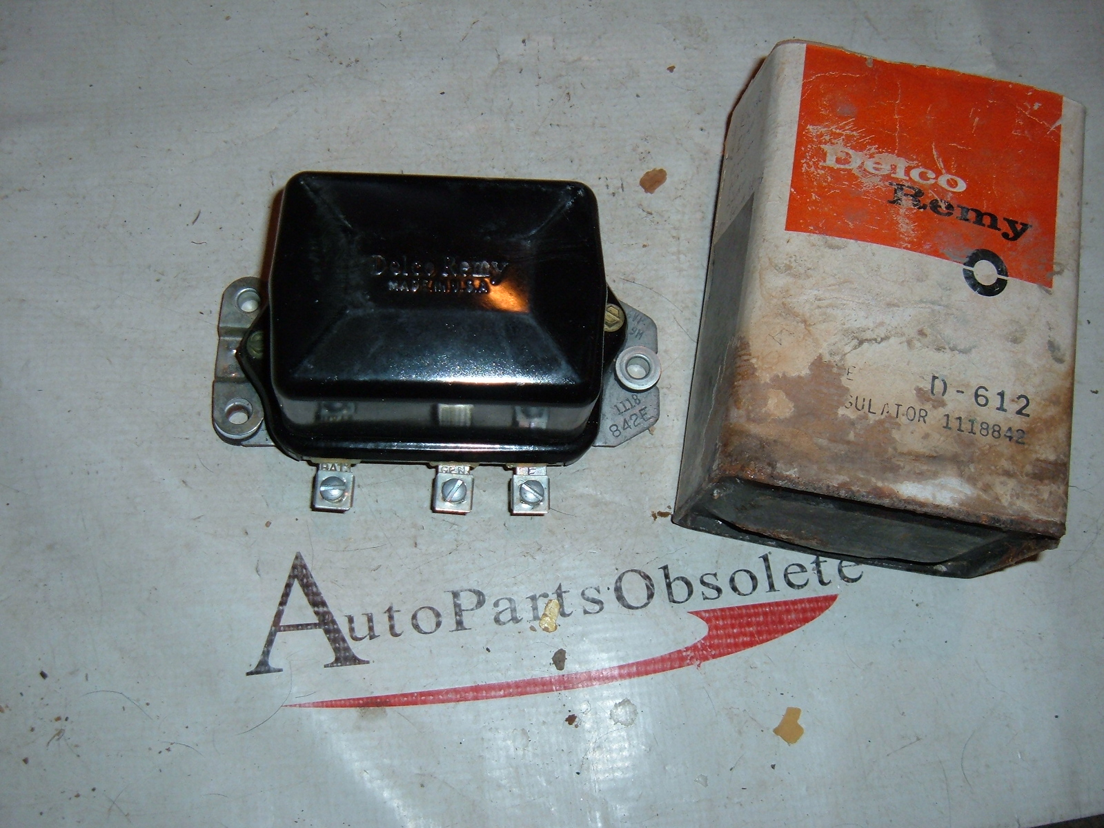 1951 52 53 54 55 kaiser rambler studebaker voltage regulator ac delco 1118842 (z 1118842)
