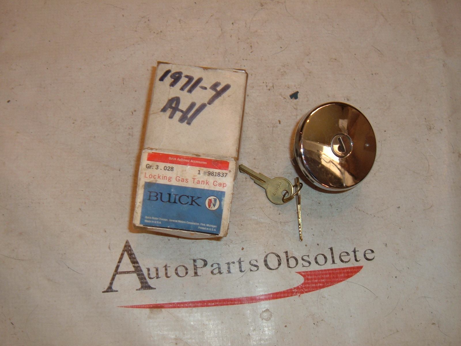1971 72 73 74 75 76 chevrolet buick locking gas cap nos gm # 981837 (z 981837)