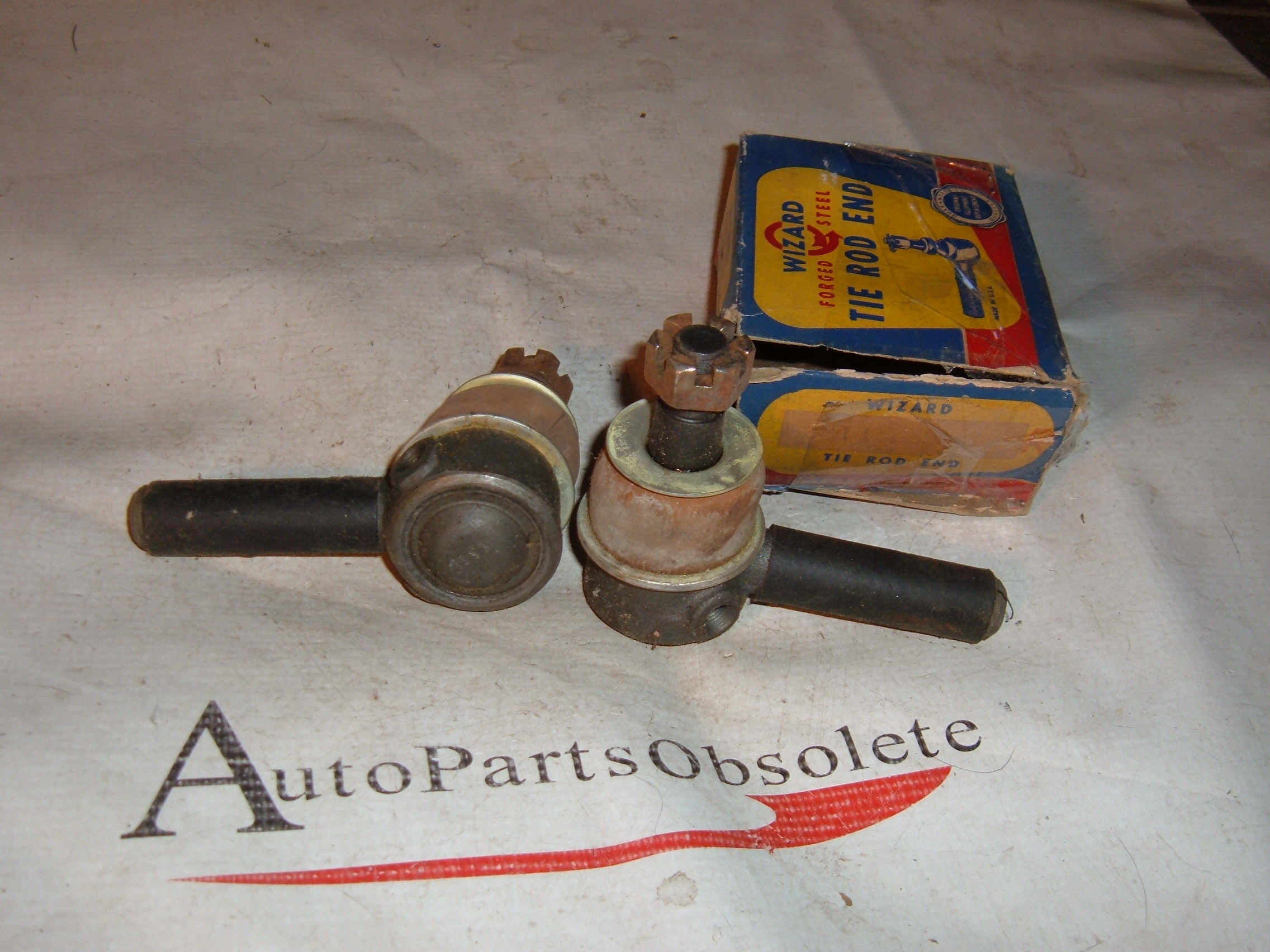 View Product1940 42 46 48 50 52 54 desoto dodge plymouth tie rod ends new # ES131 (za es131)