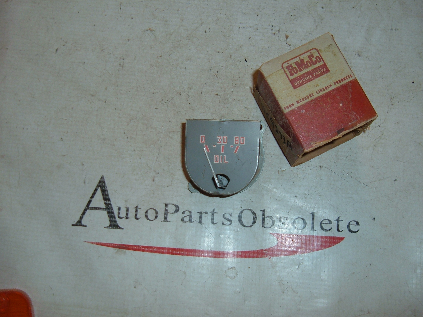 View Product1941 42 45 46 47 ford truck oil gauge nos ford # 11C-9273-A 80pds (z 11c9273aa)