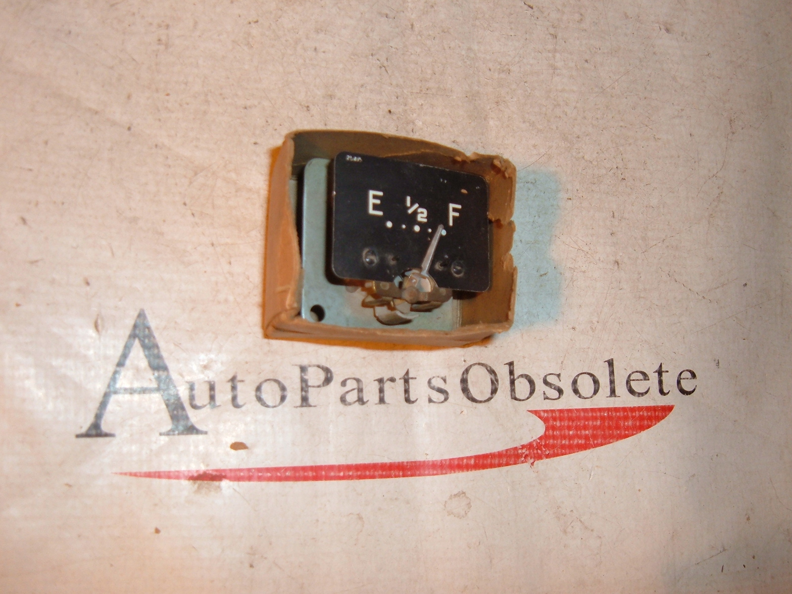1951 52 53 54 plymouth fuel / gas gauge nos mopar # 1383738 (z 1383738)