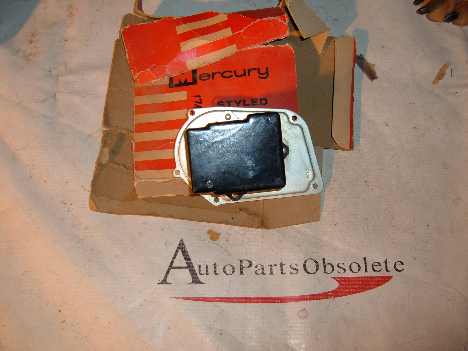 1960 mercury windshield wiper motor cover control nos # C0MF-17A511-A (z c0mf17a511a)