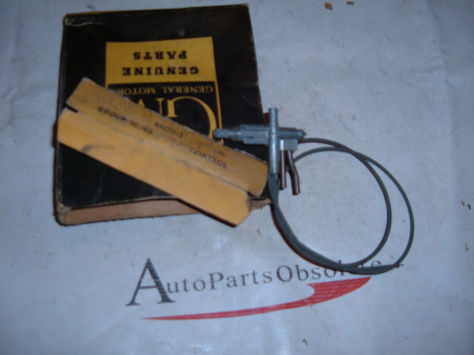 1953 oldsmobile windshield wiper control NOS gm # 4617013 (Z 4617013)