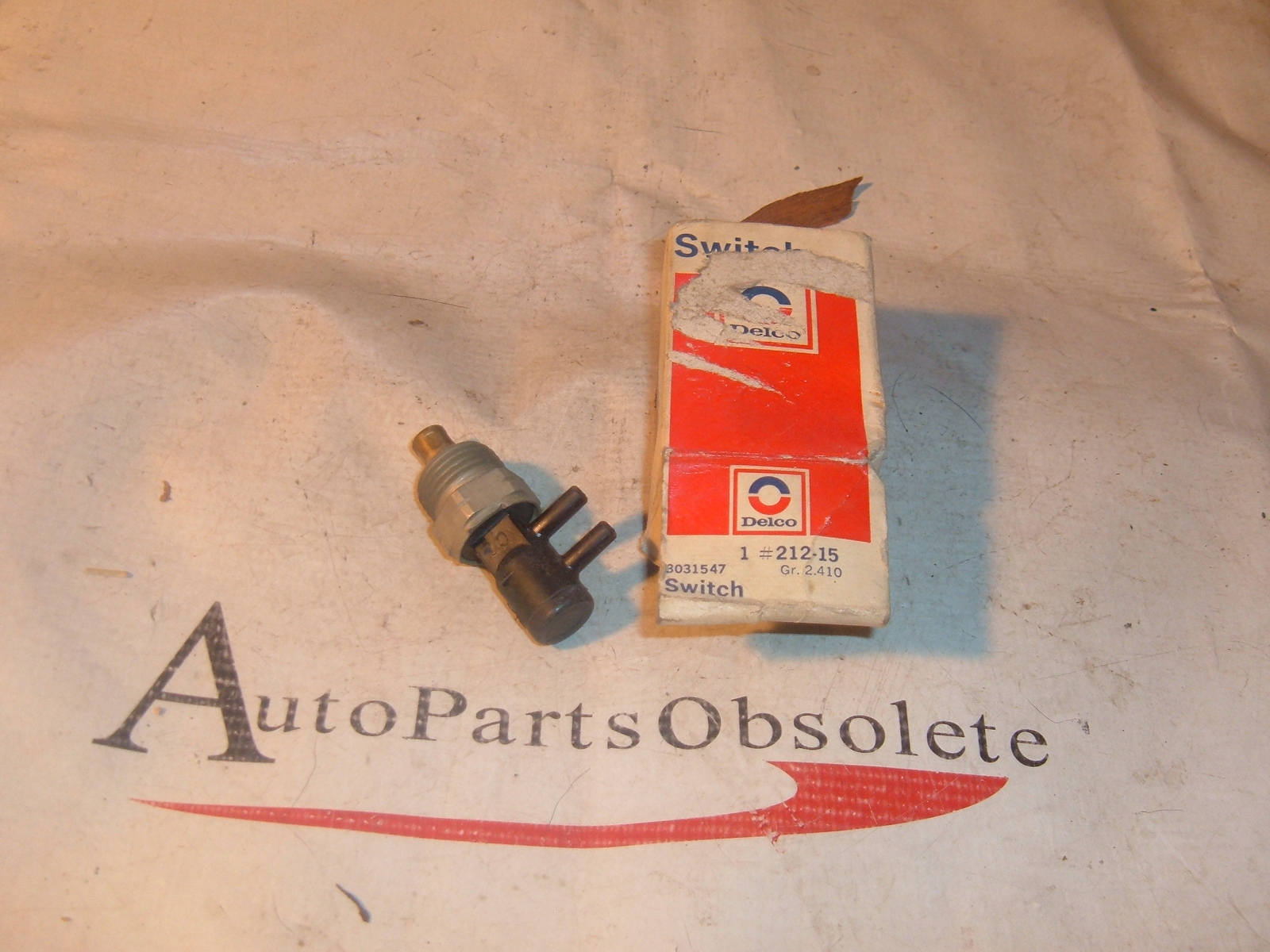 1975 76 pontiac ported vacuum switch nos gm 3031547 (z 3031547)