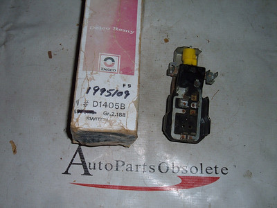 View Product1961 62 international truck headlight switch nos delco 1995109 (z 1995109)