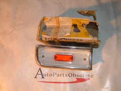 1964 chevelle reverse light assembly nos gm # 910532 (z 910532)