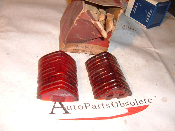 1939 dodge tail light lens nos mopar 691753 (z 691753)