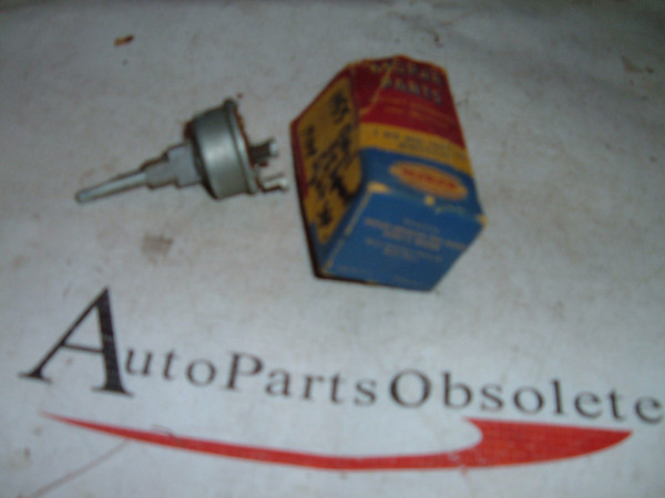 1955 chrysler / imperial map light switch # 1622101 (z 1622101)