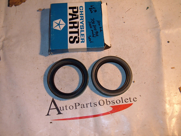 1964 65 66 67 68 69 70 dodge truck rear axle oil seals nos mopar # 2508969 (z 2508969)