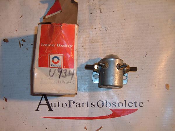 1956 57 58 58 60 61 62 ford truck studebaker starter solenoid 1114547 (z 1114547)