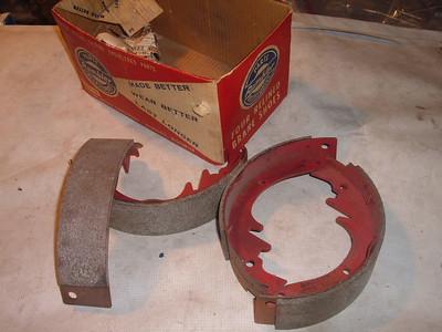 1957 58 59 60 61 62 63 64 65 rambler brake shoes set 3202990 (z 3202990)