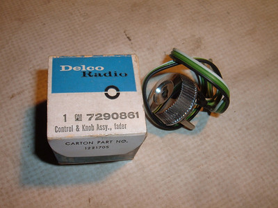 1965 chevrolet impala radio fader knob # 7290861 (z 7290861)