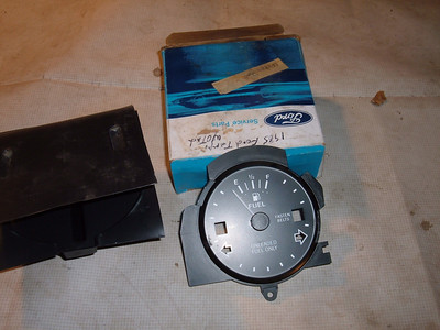 View Product1985 ford tempo gas / fuel gauge dash unit (z 85tempogauge)