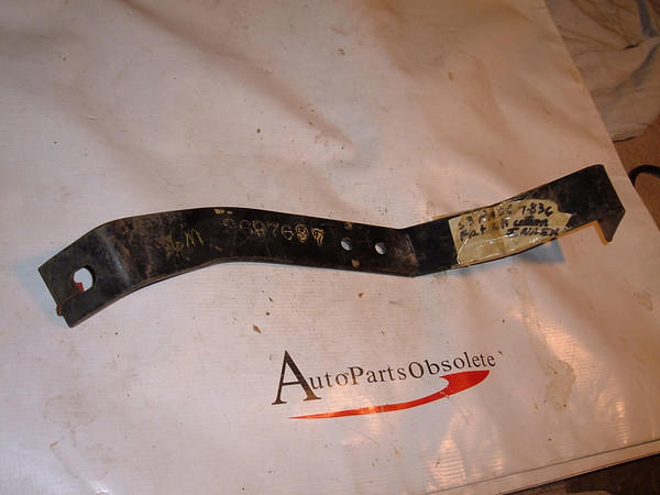 1953 chevrolet bumper bracket nos gm # 3697697 (z 3697697)