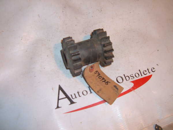 View Product37 38 39 chevrolet transmission gear nos # 590925 (z 590925)