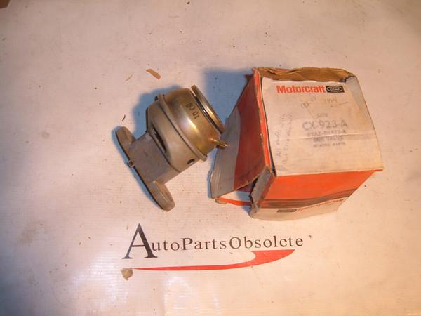 83 84 ford mercury egr valve E3AZ 9H473 A (z e3az9h473a)