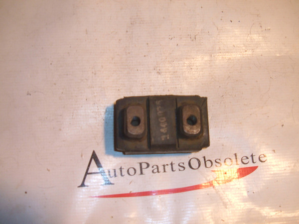 1939 -1960 cadillac engine mount # 1440076 (z 1440076)