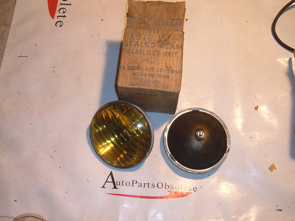 View Productford chevrolet mopar steel back fog lights nos autolite # 600a (z 600a)