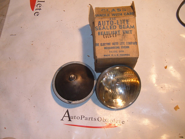 ford chevrolet mopar steel back passing lights nos autolite 12vt (650a)