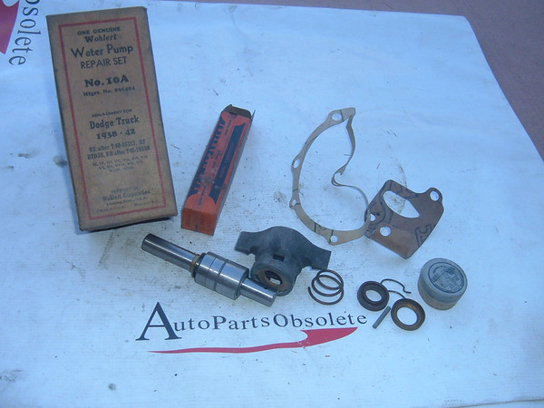 1938,1939,1940,1941,1942 dodge truck water pump kit (z 891494)