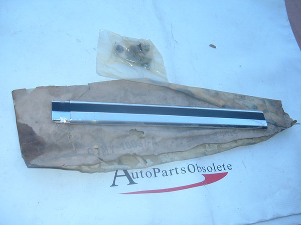 View Product1967,1968 mercury fender molding nos ford # C7MY 16037 A (z c7my16037a)